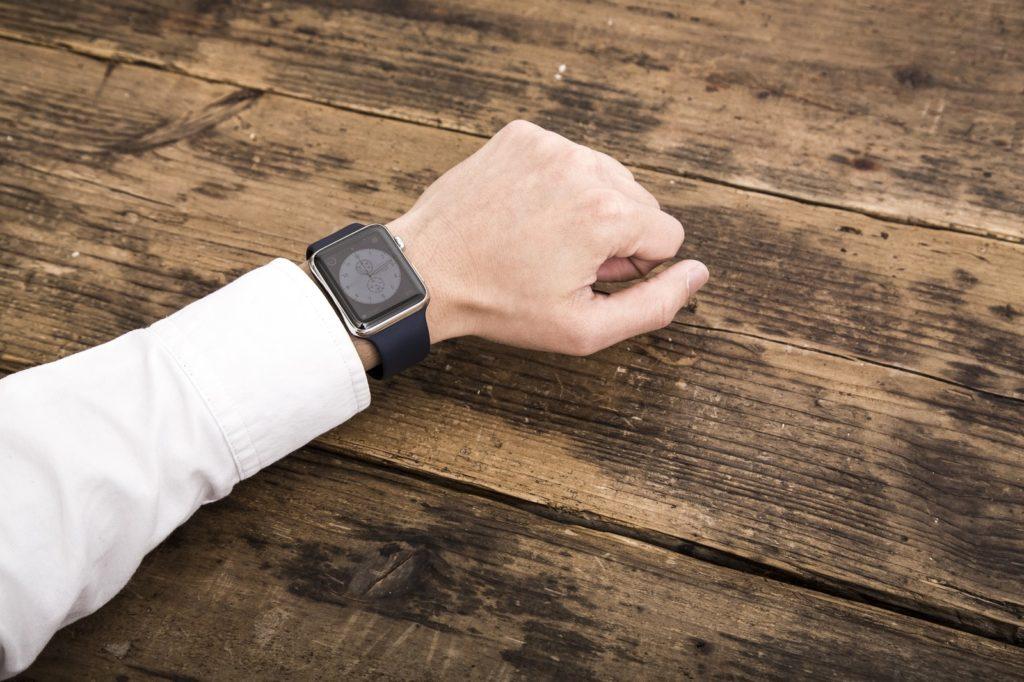 男性の腕時計女ウケするおすすめブランド、モテる男が選ぶものは?