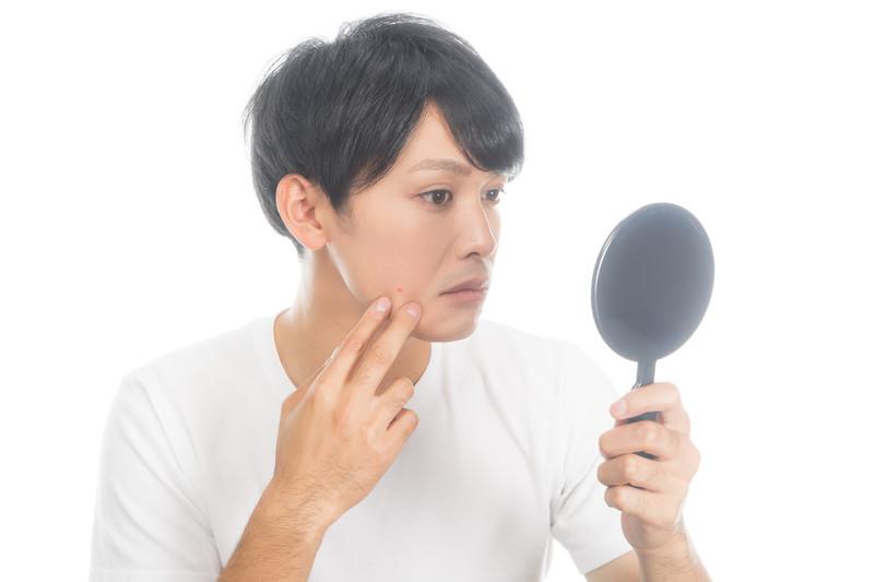 男の身だしなみ顔で注意すべき箇所は鼻毛ちょろり!処理方法や注意すべき点