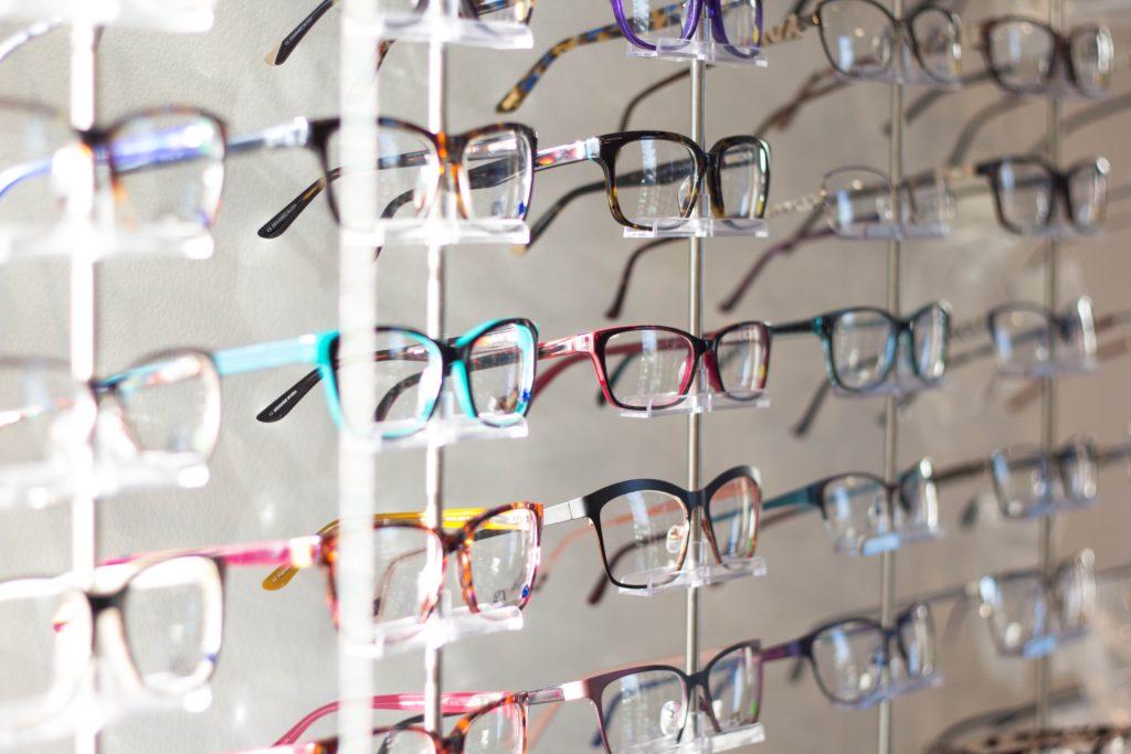 婚活の世界で、メガネ男子はモテる対象?